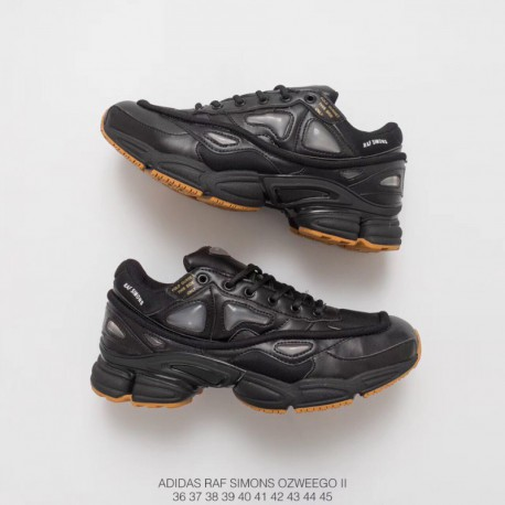 Adidas Raf SIMONS Ozweego As The Classic Racing Shoes Of The 90s